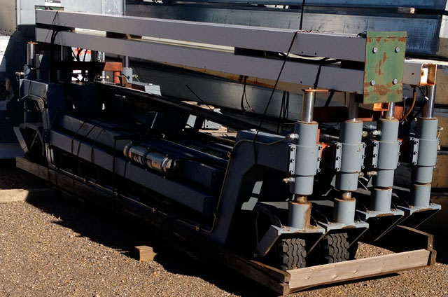 http://www.cavlon.com/mtblog/cavlon/training_wheels2.jpg