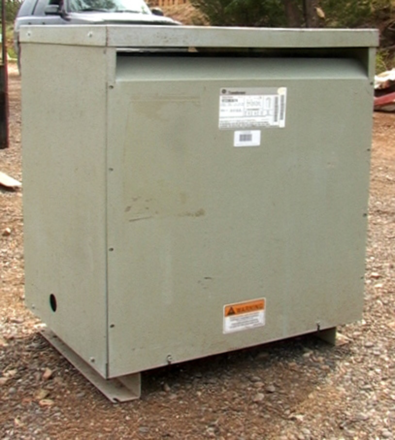 75 KVA GE Transformer 480 208 120 Delta Wye 3 Phase With Taps